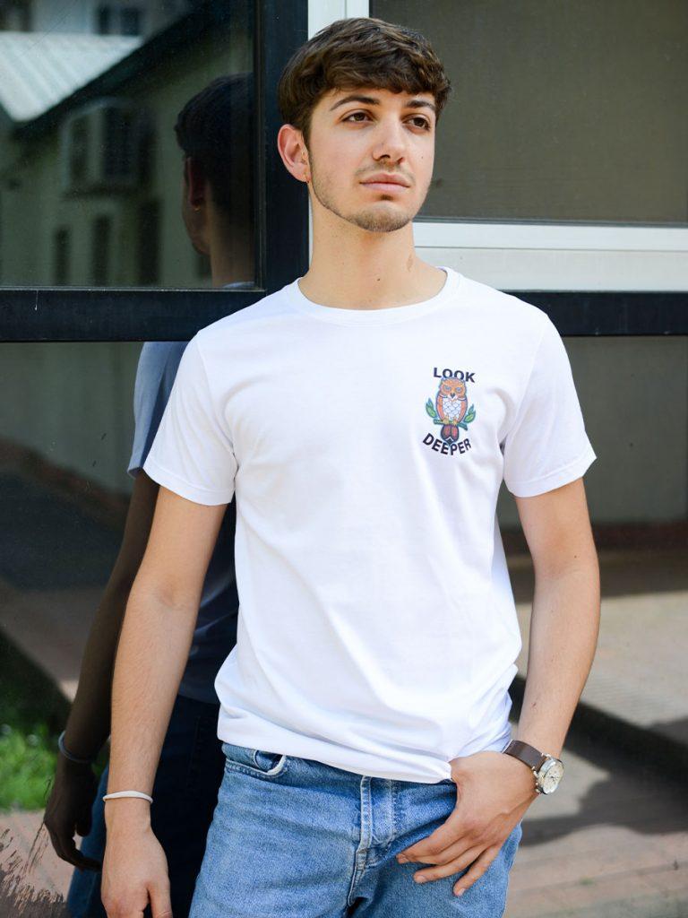 tshirt old school uomo gufo indossata 1